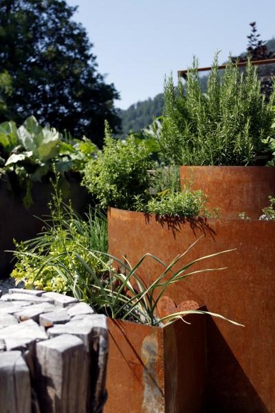 Kräuterspirale Giardino im Rostlook für den Garten | Kräuterbeet | Natur im Garten